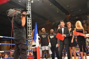 Prezentacja zawodników w walce wieczoru Dariusz Sęk  vs Achille Omang Boya
