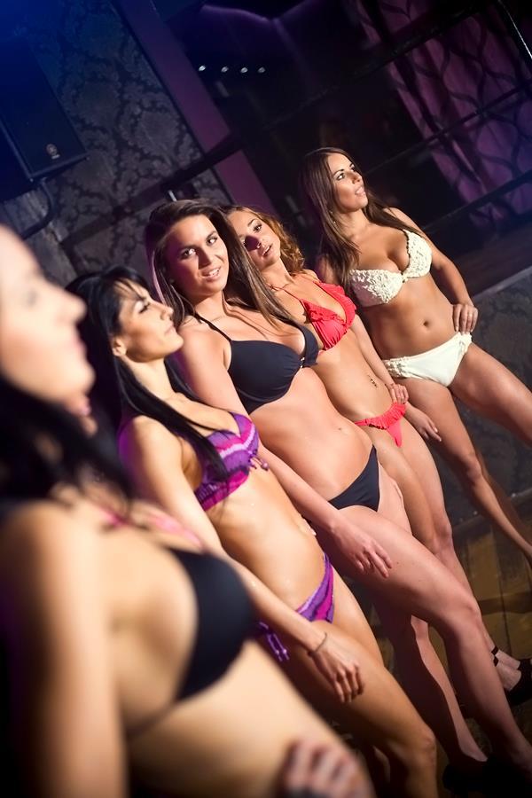 Kończą się wakacje – Podgrzejmy nieco atmosferę – ProFight Ring Girls