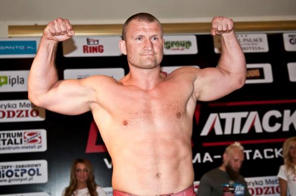 Damian Grabowski na ważeniu przed gala MMA Attack3