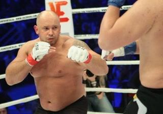 Kamil Bazelak vs Kamil Waluś