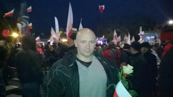 Kamil Bazelak na Marszu w Obronie Demokracji i Wolności Mediów