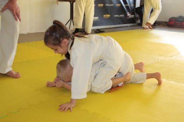 Janek Biały vs zuzanna wałoszek Furo Karate (2)
