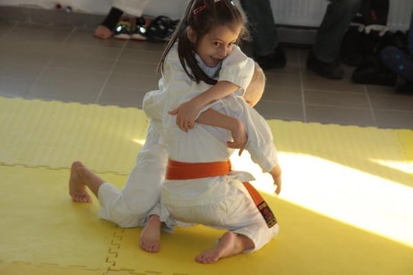 Zuzanna Wołoszek vs Janek Biały Furo Karate (4)