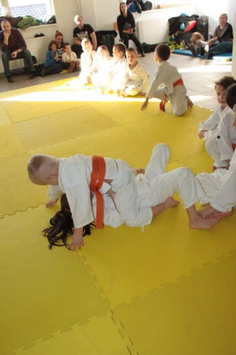 Zuzanna Wołoszek vs Janek Biały Furo Karate (6)
