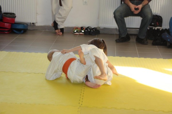 Zuzanna Wołoszek vs Janek Biały Furo Karate