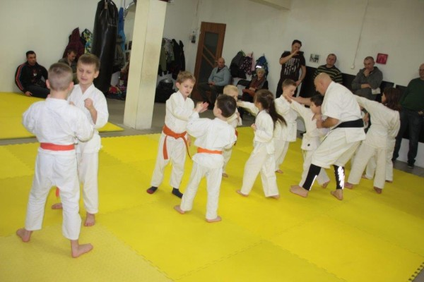 Egzaminy na pasy Furo Karate w VTP Gym w Andrespolu (16)