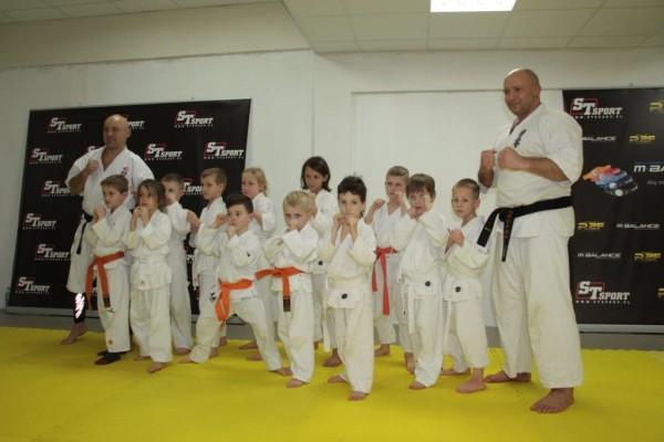 Egzaminy na pasy Furo Karate w VTP Gym w Andrespolu Kamil Bazelak Jan Schneider (3)