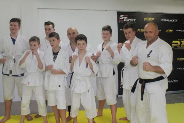Egzaminy na pasy juiniorów do 16 lat Furo Karate w VTP Gym w Andrespolu (5)