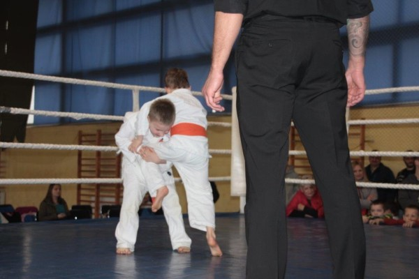 13.Puchar Polski Furo Karate 2016 Wiśniowa Góra Maciej Szymborski vs Szymon Piera