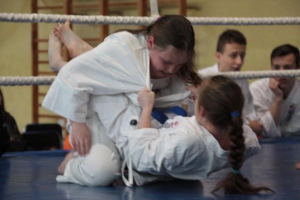 24.Puchar Polski Furo Karate 2016 Wiśniowa Góra Milena Kępka vs Ewa Rzeźnik