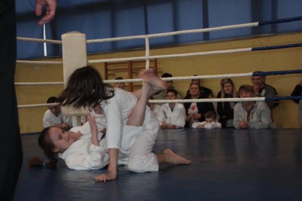 38.Puchar Polski Furo Karate 2016 Wiśniowa Góra Milena Kępka vs Zuzanna Bińczak