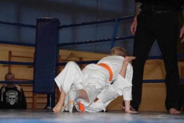 5.Puchar Polski Furo Karate 2016 Wiśniowa Góra Zuzanna Wałoszek vs Jan Biały