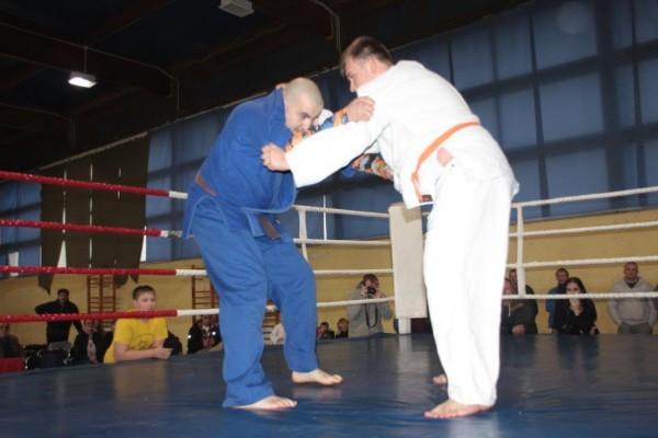 68.Puchar Polski Furo Karate 2016 Wiśniowa Góra Radosław Kostrubiec vs Dominik Olczak