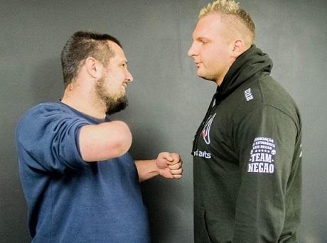 Dave Llewelyn vs Michael Piszczek